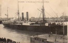 """44 St-NAZAIRE  Le Transatlantique  """"La France"""" Sortant Du Bassin - Saint Nazaire"""