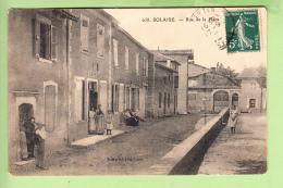 SOLAISE - Rue De La PLACE Animée - Café - Ed. Martel -  2 Scans - France