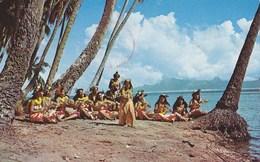 Tahiti - Hula Girls On The Beach Of Punauia 1970 - Tahiti