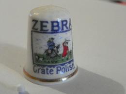 """Dé En Porcelaine Publicitaire """"Zebra"""" - Dés à Coudre"""