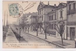 Toulon Le Boulevard Tessé Et Ecole Superieure De Filles 1905  Edit A Bougault - Toulon