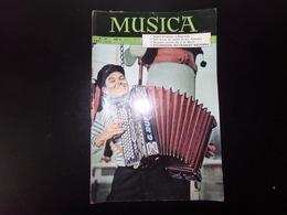 "Revue "" Musica "" 46 Pages, N° 29 Août 1956, André Cluytens à Bayreuth, L'accordéon Instrument Méconnu ... - Musica"