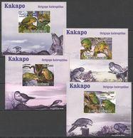 A524 !!! IMPERFORATE 2009 S.TOME E PRINCIPE FAUNA BIRDS KAKAPO 4 LUX BL MNH - Perroquets & Tropicaux