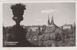 Postcard - Luxembourg - La Cathedrale - VG - Unclassified