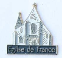 Pin's EGLISE DE FRANCE - Façade D'église - S.P. - H069 - Badges