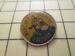 Pin910d Pin's Pins / Beau Et Rare : ESPACE / NASA CAPUSLE MERCURY FREEDOM 7 SHEPARD - Space