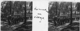 PP 28 - JEUX OLYMPIQUES DE MUNICH 1936 La Musique Au Village - Glass Slides