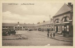 76 CANY BARVILLE / La Place Du Marché / - Cany Barville