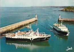 """CPM. BELLE ÎLE EN MER. Arrivée Du Courrier """"Acadie"""" Dans Le Port Du Palais. - Belle Ile En Mer"""
