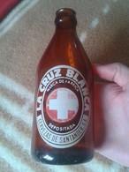 ANTIGUA BOTELLA DE CERVEZA OLD BOTTLE OF BEER DE ESPAÑA SPAIN LA CRUZ BLANCA CERVEZAS DE SANTANDER, SERIGRAFIADA. RARA - Beer