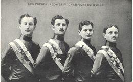 Carte Postale Ancienne De   CYCLISME - Freres JACOWLEW - Ciclismo