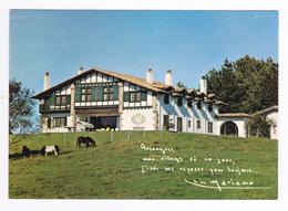 64 Arcangues Vers Bayonne Belle Maison Basque Avec Petit Mot De Luis Mariano Et Poneys - Bayonne