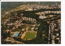 Carte ( Format 15 X 10 Cm )  Wein Und Gartenstadt  Landau Pfalz  Teilansicht Mit Tennisplatz  Stadion ( Stade ) - Landau