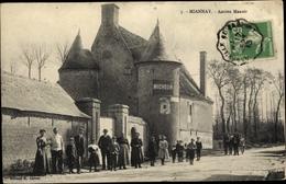 Cp Miannay Somme, Ancien Manoir, Straßenpartie Mit Blick Auf Eine Villa, Personen - France