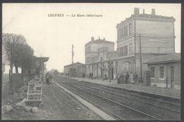 Louvres - La Gare Intérieure - Edit. Sicard - Voir 2 Scans - Louvres