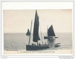 44 LA TURBALLE CHALOUPES DE PECHE PAR MER CALME CPA BON ETAT - La Turballe