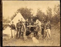 Grande Photo Militaire Camps D'Auvours Juin 1890 Canon Tenues 1ère Batterie 5ème Pièce Avec Cadre D'époque - Old (before 1900)