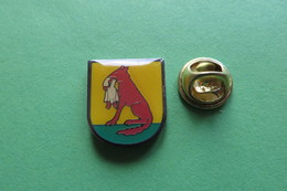 Pin's, Ville, Blason, WÜLFLINGEN, Suisse, Wappen - Cities