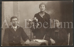 Photo Postcard / Foto / Photograph / Famille / Family / Photographer J. Apers / Antwerpen - Boom / Unused - Photographie