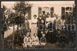 Photo Postcard / Foto / Photograph / Famille / Family / 1916 / Used / Lovely Children In Front - Photographie