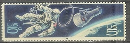 1967 5 Cents Space Walk Pair, Mint Never Hinged - Unused Stamps