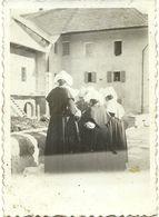 ( VALLOIRES   )( SAVOIE 73)( RELIGION )( RELIGIEUSES)( SORTIE DE MESSE  1932) - Places