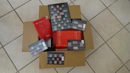 11 Kgs Dont France **, Albums Timbres Obl Monde, Photos, Boite Timbres Fragments... Voir Commentaires - Alla Rinfusa (min 1000 Francobolli)