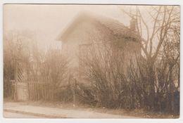 26447 Carte Photo A Identifier -maison  Garde Barrière ? - Cartes Postales