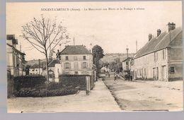 NOGENT - L'ARTAUD . Le Monument Aux Morts Et Le Passage à Niveau . - France