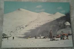 Cuneo - Prato Nevoso - Skilifts Giallo E Blu - Animata Sciatori - Cuneo