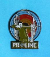 1 PIN'S //    ** ARC PROLINE ** À POULIE / DE CHASSE / LOISIR ET COMPÉTITION ** - Archery