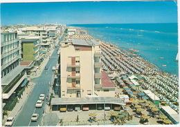 Igea Marina:  AUDI 100, FORD TAUNUS TC1, AUTOBIANCHI A112, VW K70, FIAT 127  - Alberghi E Spiaggia - PKW