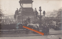 BRUXELLES - Colonne Du Congrés (Photocarte Très Animée Et Circulée En 1922) + Idem Couleur Quelques Années Plus Tard - Inaugurations