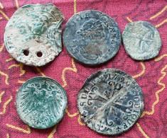 BEAU PETIT LOT ROYALES ET AUTRES A ID - 987-1789 Monete Reali