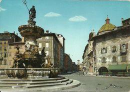 Trento (Trentino) Fontana Del Nettuno, Casa Rella E Via Bellenzani - Trento