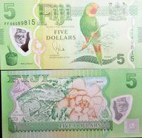 C) FIJI BANK NOTE 5 DOLLARS UNC ND 2012 POLYMER NOTE - Fiji