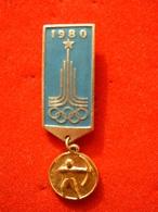 BROCHE RUSSE - J.O MOSCOU 1980 - TIR A L'ARC - Boogschieten