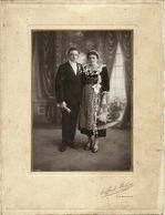 ( BRETAGNE )( 29 FINISTERE)( MARIAGE)( FEMMES EN COIFFE)( PHOTO AUFRAY MELOU)( CARHAIX)( COSTUMES) - Lieux