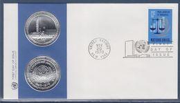 = 25è Anniversaire De L'O.N.U. Enveloppe 1er Jour New-York 20.11.70 N°207 Balance De La Justice Et Branche De Laurier - FDC