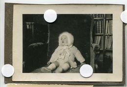Enfant Yeux Au Ciel Portrait Snapshot Amateur Cute Baby - Anonymous Persons