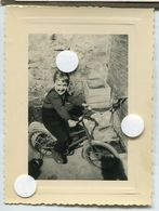Jeune Enfant Velo à Roulettes Tricycle Fille Girl Young Portrait Id 1960 60s - Anonymous Persons