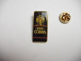 Beau Pin's , Jeu ?? King Cobra - Games