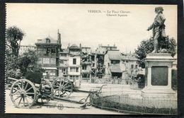 CPA - VERDUN - La Place Chevert - Canons - Guerre 1914-18