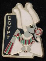 EGYPT - CLEOPATRE - NEFERTITI - EGYPTE - VISAGE - ROBE BLANCHE     -   (ROSE) - Beroemde Personen