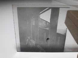 83 - Plaque De Verre - Italie - Lieu à Identifier: Pérouse, Pise, Florence ??? - Glasplaten