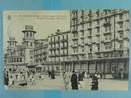 Blankenberghe Sur La Digue Le Casino - Blankenberge