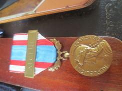 Médaille - R.F. - ALGERIE - COMMEMORATIVE OPERATIONS SECURITE ET MAINTIEN DE L'ORDRE VOIR PHOTOS - Frankrijk