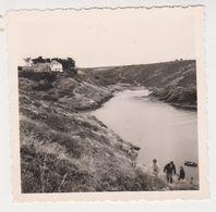 26455 Six 6 Photo  Belle Ile 56 France  -Juillet 1961- Goulphar Apothicairerie - Lieux