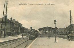 Oise - Lot N° 239 - Lots En Vrac - Lot Divers Du Département De L'Oise - Lot De 33 Cartes - Cartes Postales