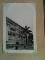 Photo - Cameroun 1953 - Douala, Immeuble BAO Façade Rue Cumberland, Entreprise Meunier - Africa